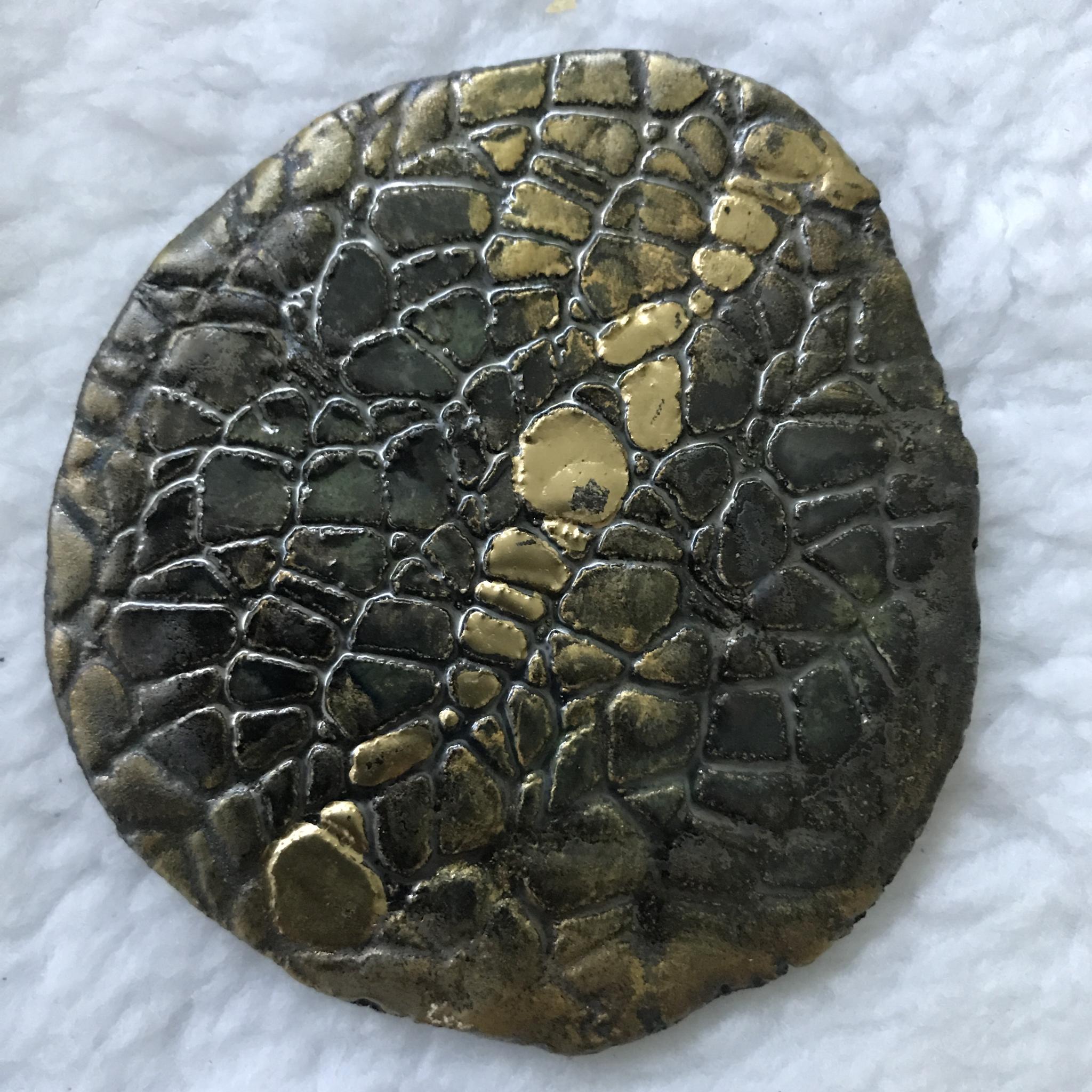 Kerzenteller rund braun/gold 00155
