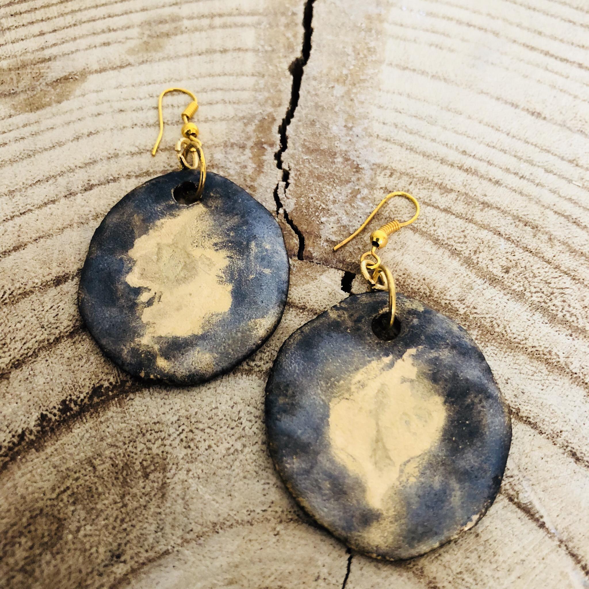 Ohrhänger Keramik glasiert mit Golddetail - beidseitig tragbar 00307