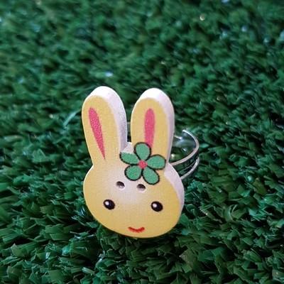 Yellow rabbit ring