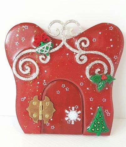 Christmas Wooden Fairy Door 00133
