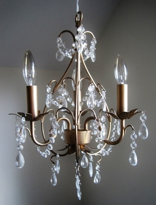 Electric Chandelier The Petite