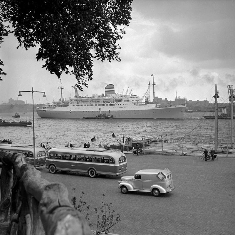 Historisch Rotterdam, Parkkade bij Parkheuvel 1955, Vrije Volk