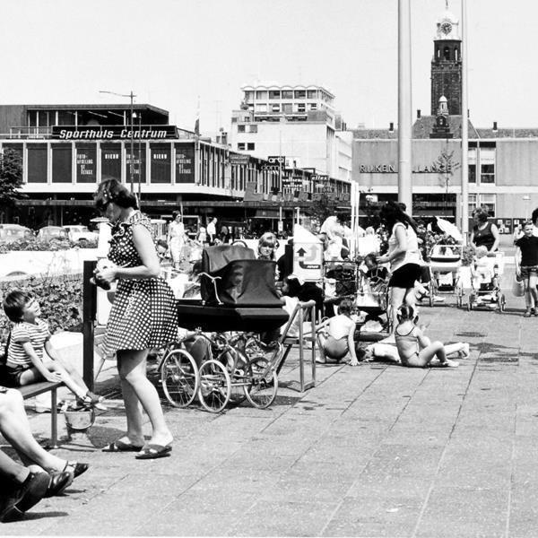Historisch Rotterdam, Schouwburgplein 1968, Lex de Herder