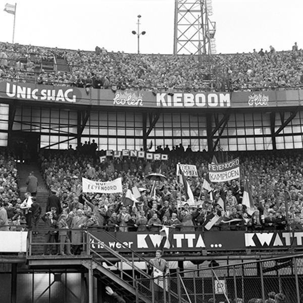Rotterdam, Feyenoord Stadion De Kuip Vak S 1960, Vrije Volk