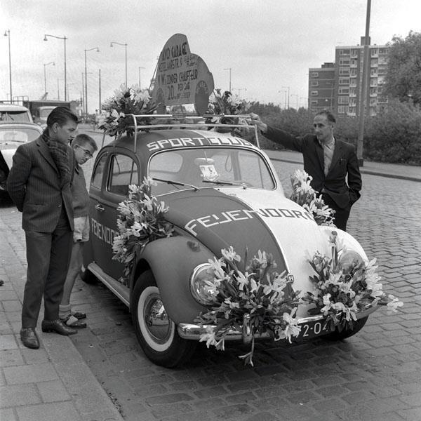 Rotterdam, Feyenoord kever 1960, Vrije Volk