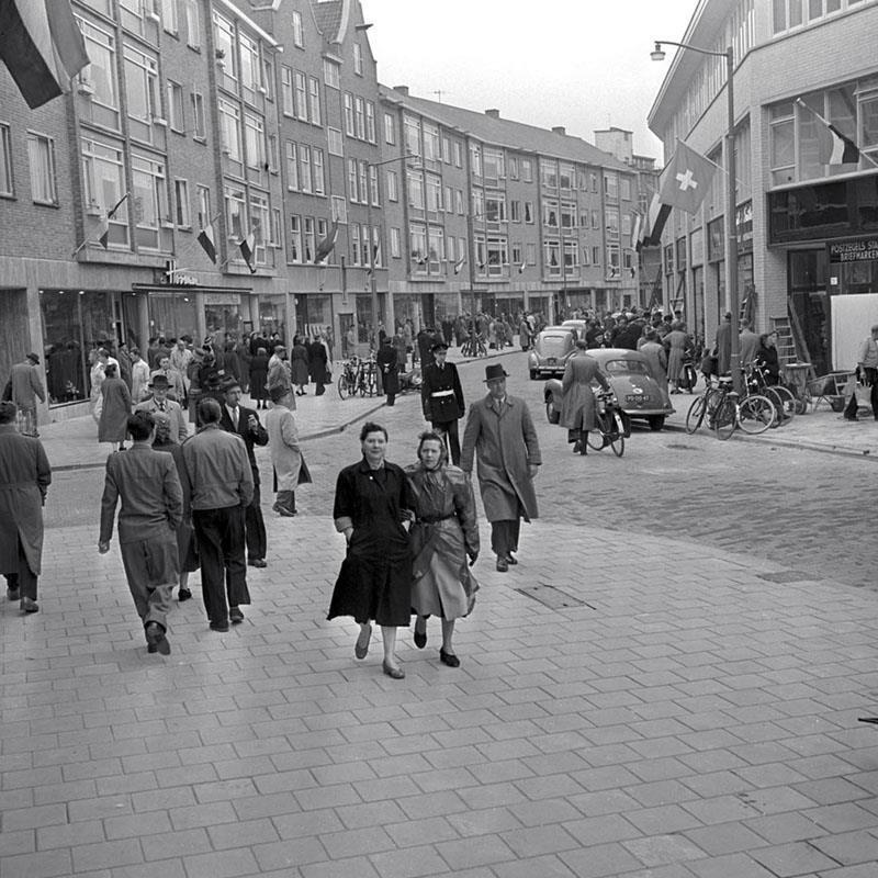 Historisch Rotterdam, Pannekoekstraat 1954, Vrije Volk