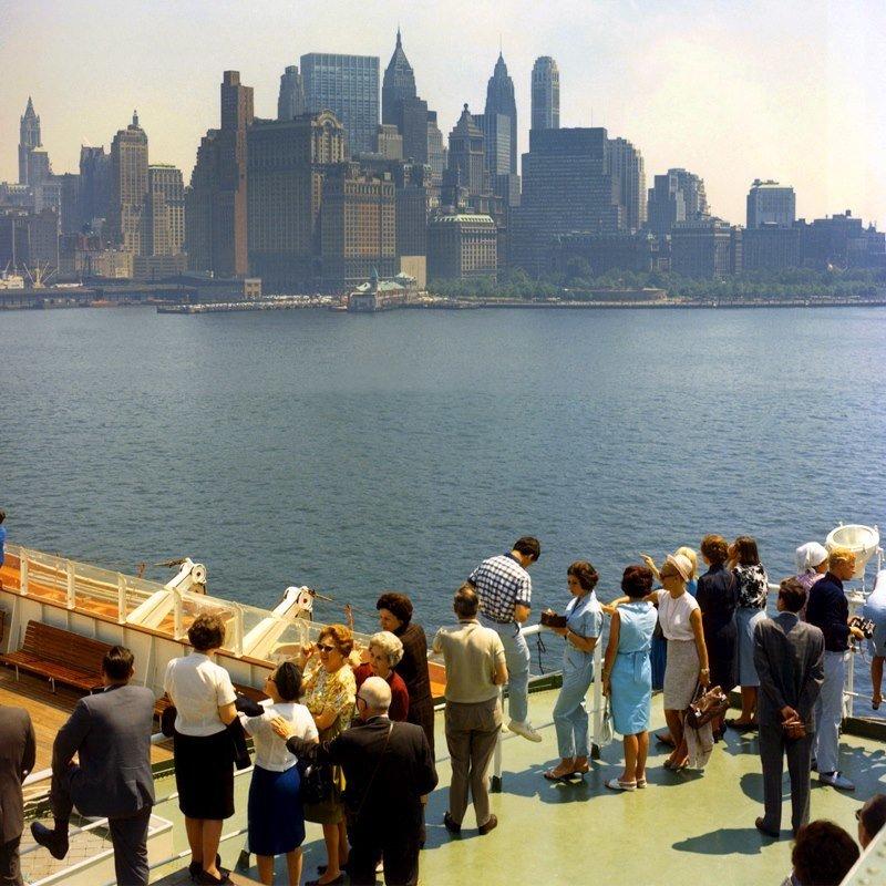 Historisch Rotterdam, op het dek van het SS Rotterdam voor New York 1967, Harry Mosch