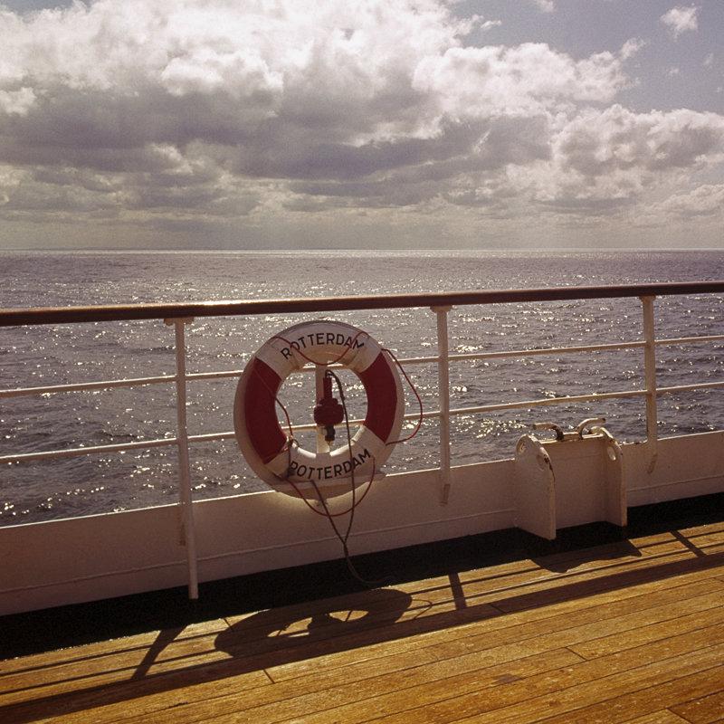 Historisch  Rotterdam, boei op het dek van het SS Rotterdam, Harry Mosch