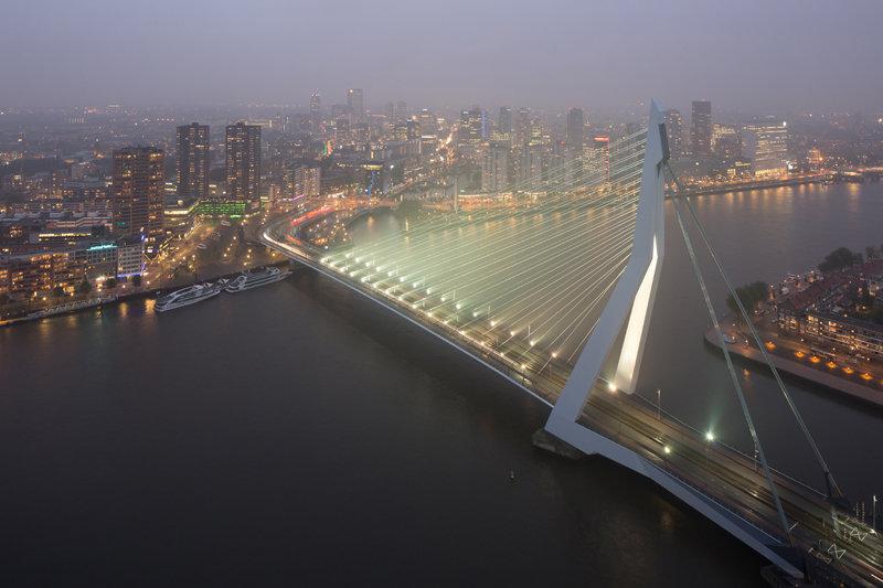 Modern Rotterdam, Erasmusbrug  2016, Ossip van Duivenbode