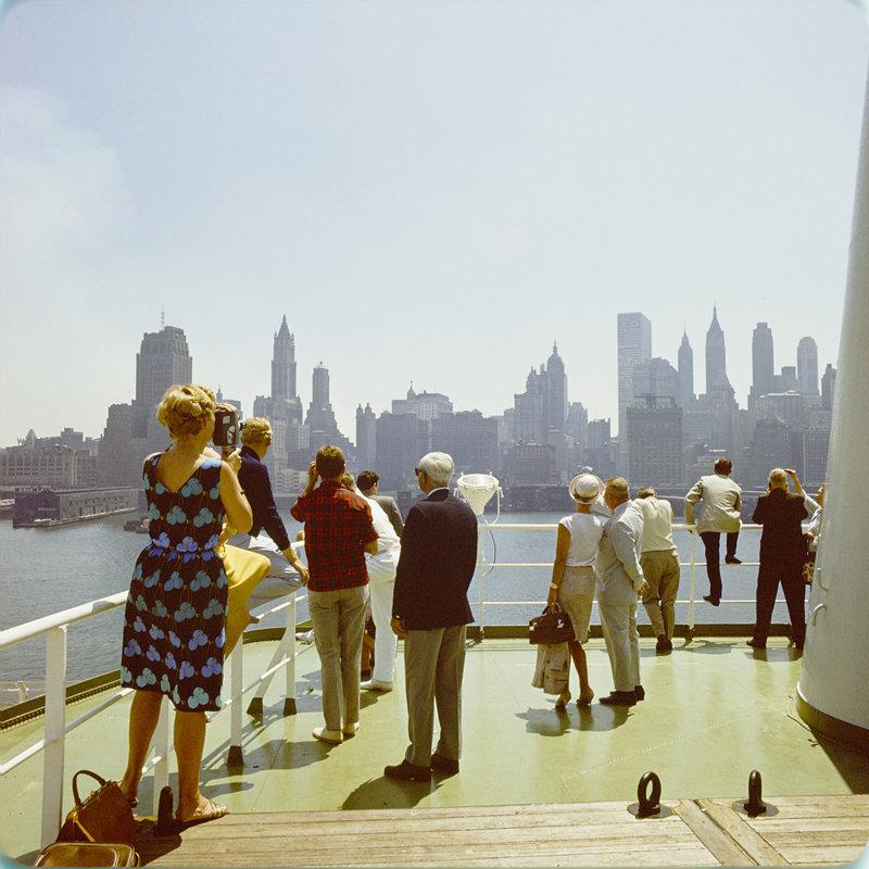 Historisch Rotterdam, op het dek van het SS Rotterdam in New York 1967, Harry Mosch