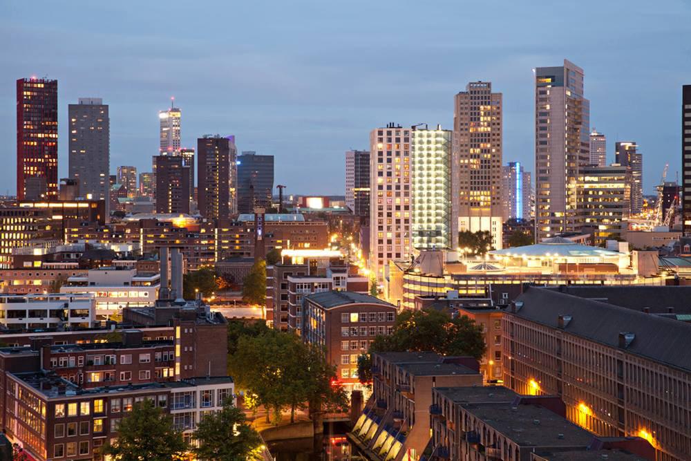 Modern Rotterdam, binnenstad met de Meent, Ossip van Duivenbode