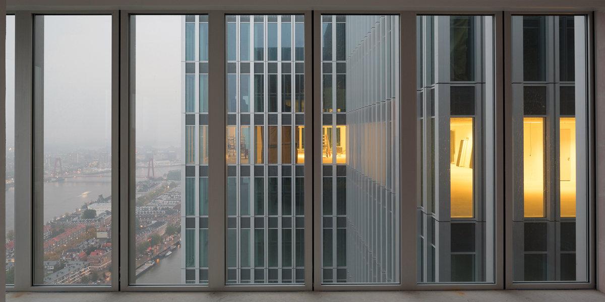 Modern Rotterdam, uitzicht de Rotterdam  2017, Ossip van Duivenbode