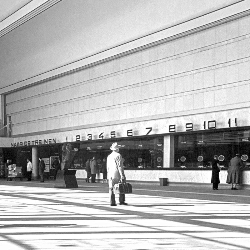 Historisch Rotterdam,  Centraal Station 1957, Jan Roovers