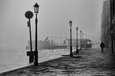 Rest van de wereld, Venetie in de mist met gondels
