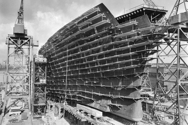 Rotterdam,  Historisch Rotterdam bouw SS Rotterdam 1958