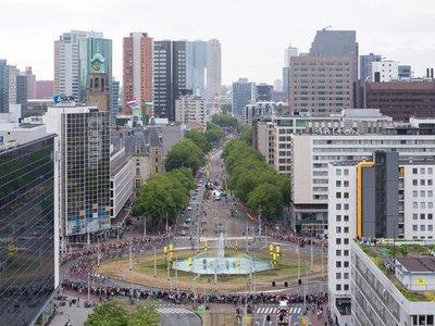 Modern Rotterdam,  Coolsingel en Hofplein  Ossip van Duivenbode