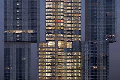 Modern Rotterdam, Kop van Zuid, de Rotterdam  Ossip van Duivenbode