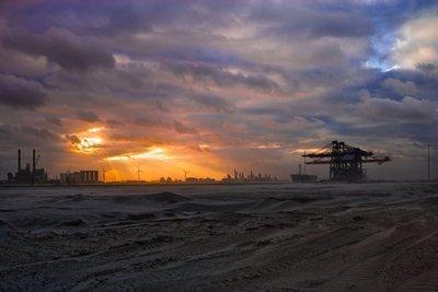 Modern Rotterdam,  Maasvlakte Huib Nederhof