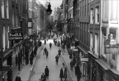 Historisch  Rotterdam, Hoogstraat 1930, C. Beket