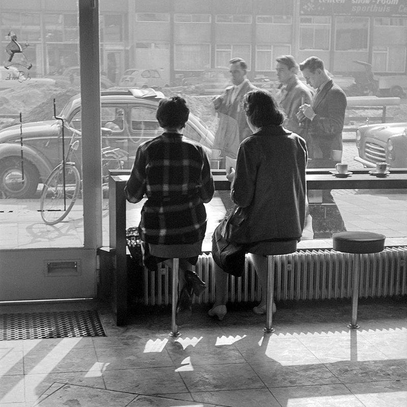 Historisch Rotterdam Lunchroom Schouwburgplein 1962, Anefo