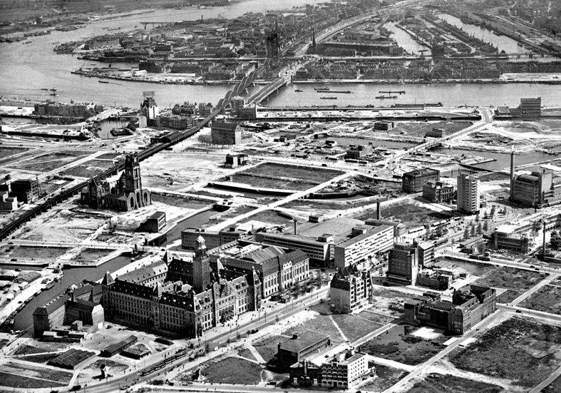 Historisch Rotterdam,  na het bombardement 1946, Stadsarchief Rotterdam