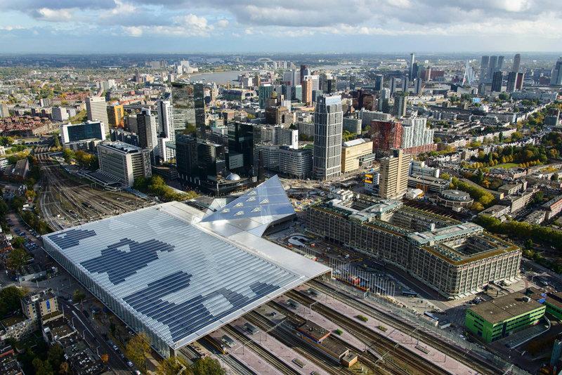 Modern Rotterdam, luchtfoto 2017  richting zuid oost Ossip van Duivenbode