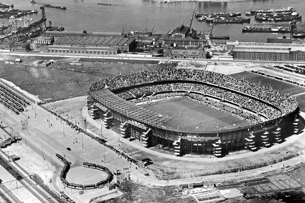 Rotterdam, Feyenoord stadion de Kuip 1954, Uitgeverij Voet