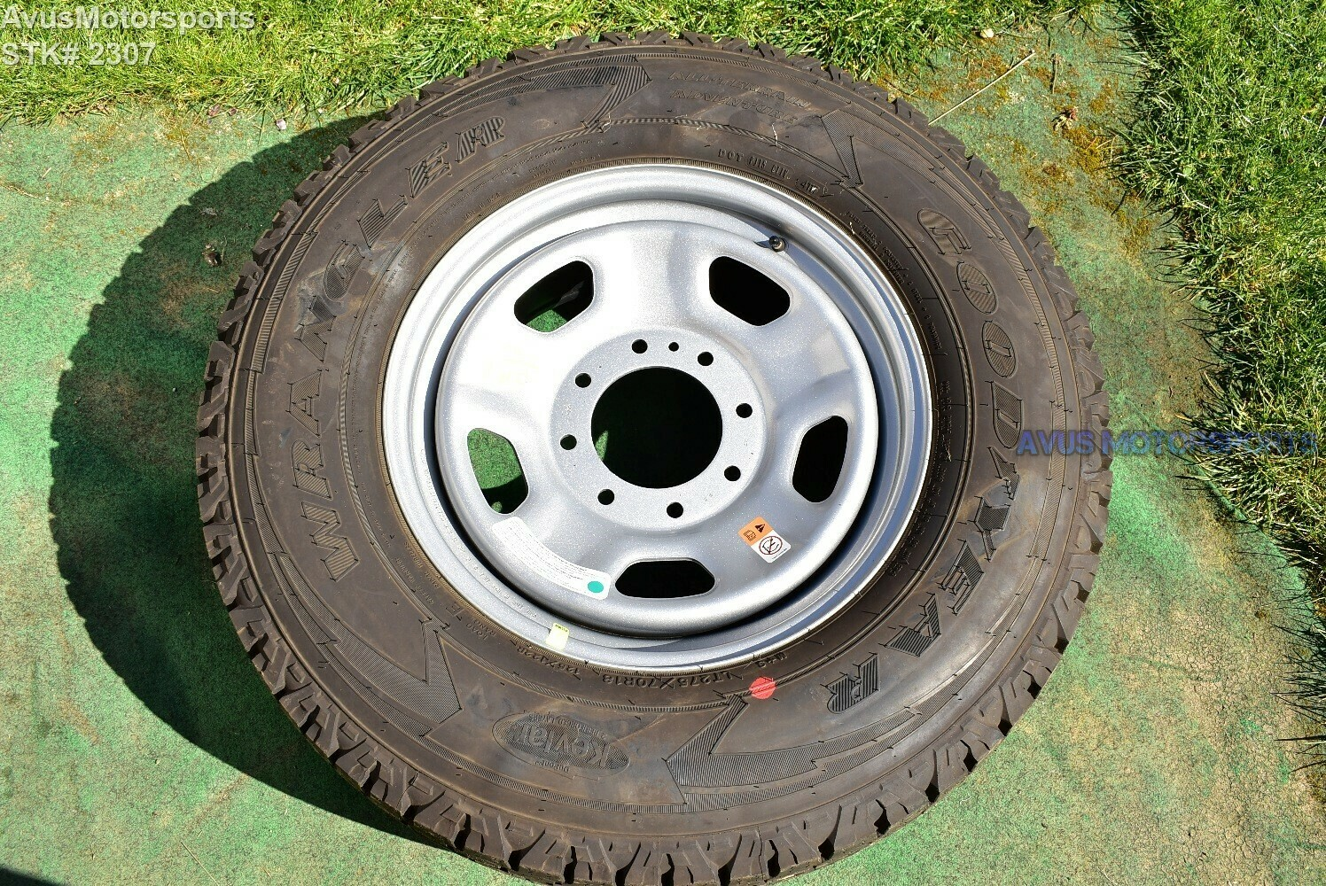 """18"""" Ford F250 F350 OEM Factory Spare Alloy Wheel Tire 2018 2017"""