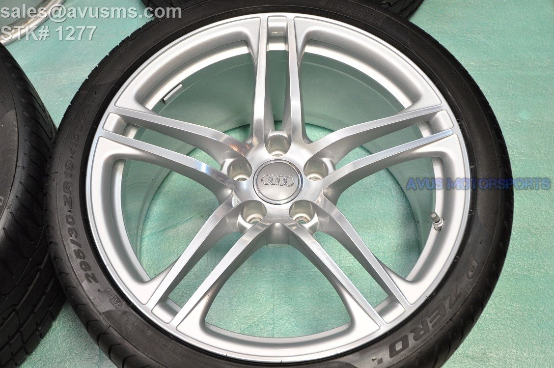 "19"" Audi R8 GT V8 V10 Plus Factory OEM Rear Wheel and tire Polished 420601025AH"