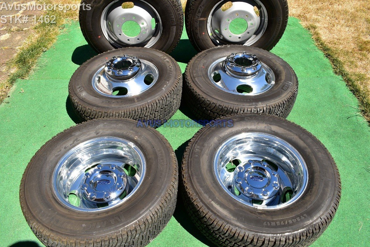 "17"" Ford F350 Super Duty OEM Factory Alloy Wheels DRW Dually Stock 8x200 + Tires"