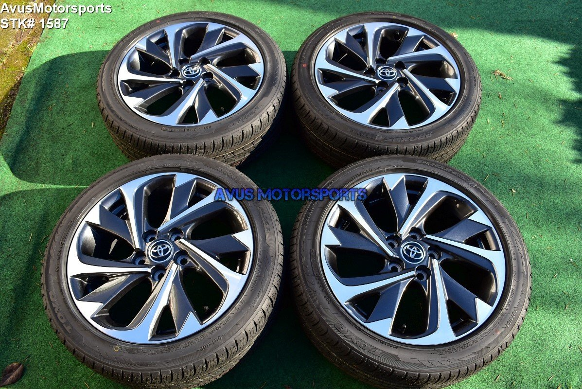 "17"" Toyota Corolla IM Factory OEM Wheels Toyo P225/45R17 2017 Scion"