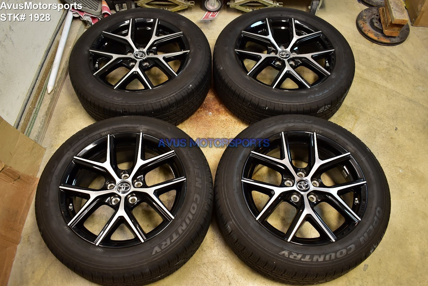"2018 Toyota Rav4 SE OEM 18"" Factory Wheels and Tires 235/55r18 + TPMS"
