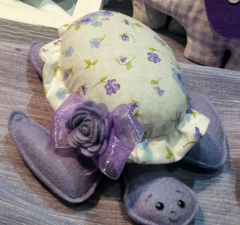 Tartaruga ripiena di lavanda (Nei toni del lilla)