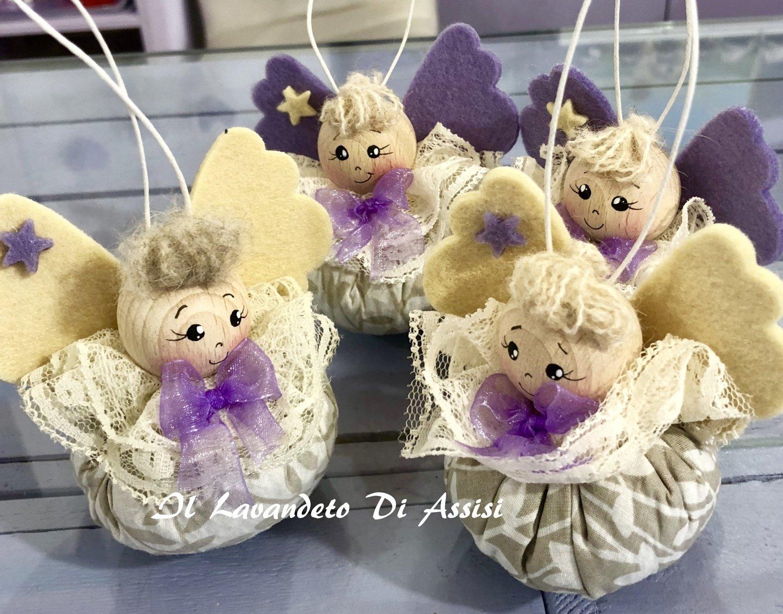 Angelo a pallina, ripieno di lavanda e dipinto a mano ecru' e lilla (Uno)  Sacchetti lavanda angeli