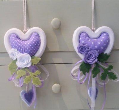 Cuori con contorno in legno bianco,lavanda e decorazioni in feltro (Colore  lilla e verde ) (Uno)