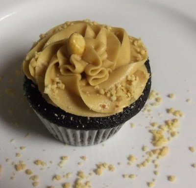 Peanutbutter Cup-Cake Cupcakes -- Gluten Free