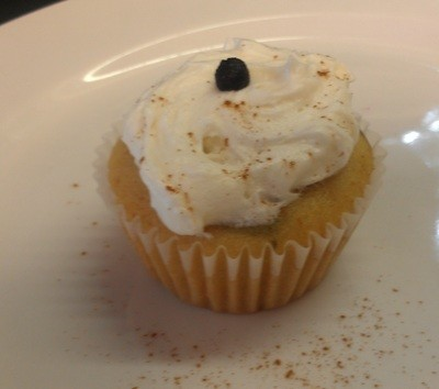 Blueberry Cream Cheese Cupcakes