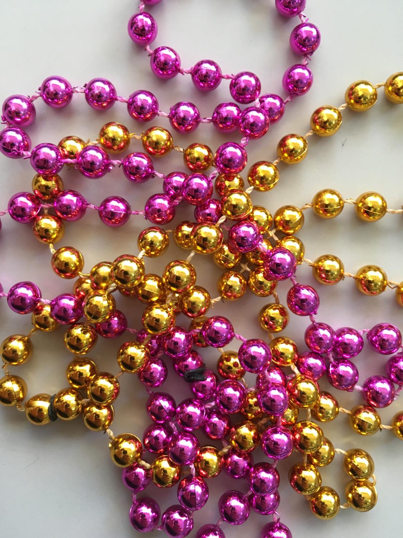 Collar perlas metalizado