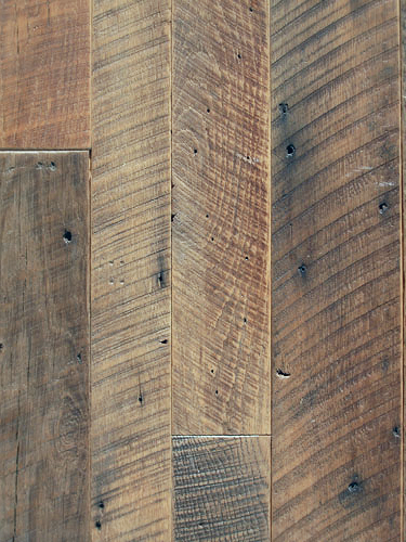 Tobacco Oak Skip Plain Flooring 0003
