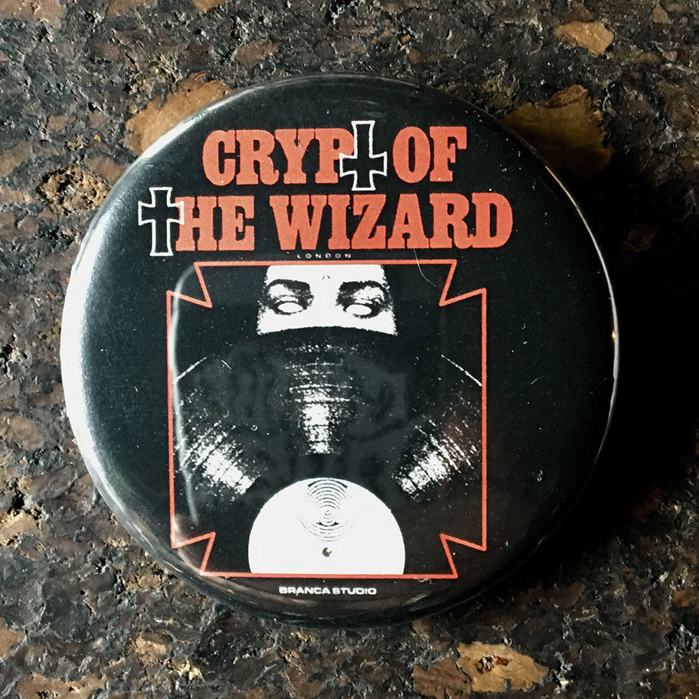 Pin (58mm) - Crypt of the Wizard X Branca Studio