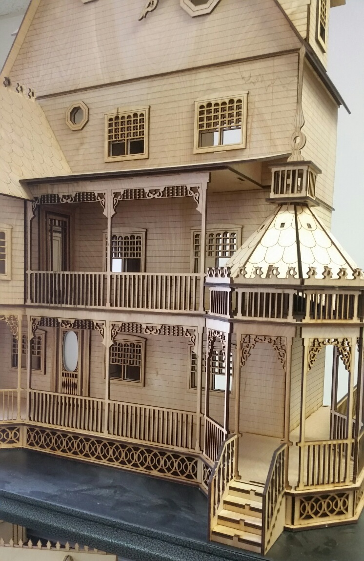 Ashley Victorian 1 12 Scale Dollhouse Kit