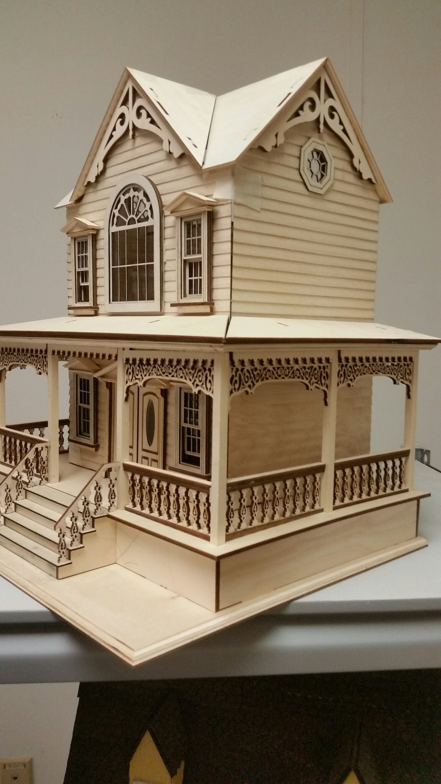 Little Briana Country Victorian Cottage 1 24 Scale