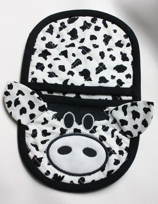 embroidery in the hoop cow oven mitt