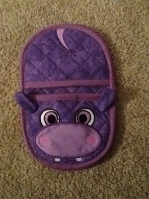 embroidery in the hoop hippo oven mitt