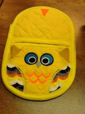embroidery in the hoop owl oven mitt