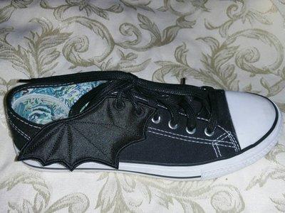 Bat wings embroidery in the hoop designs (digital product)