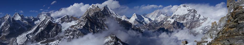 "Panorama ""Blick vom Mera Peak"""