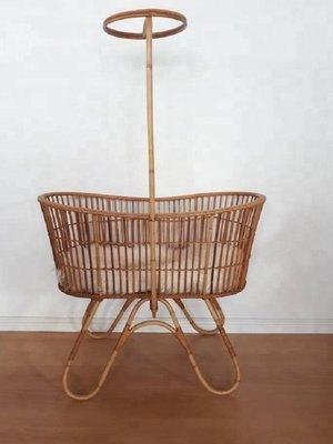 Lily Rattan Baby Bassinet