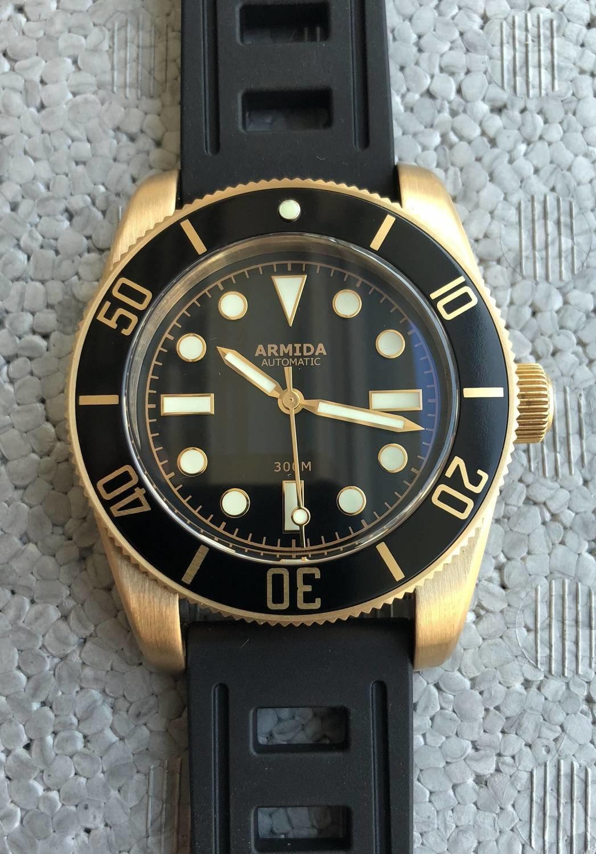 Armida A8 vintage black no date