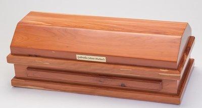 Cedar Baby Casket  (20 inch length)    C-20-Ced
